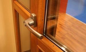 fereastra lemn FE060